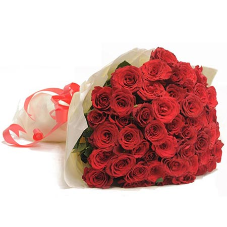 same day midnight surprise gifts to Hyderabad